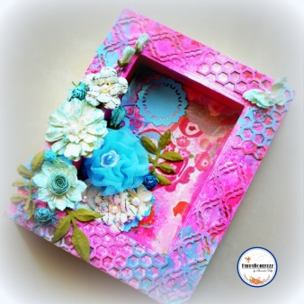 Mixed Media creation with ALTERABLE PHOTO FRAME and Thin cut dies by SHARADA DILIP